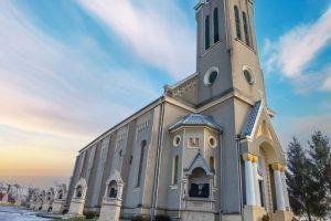 biserica-carastelec-1